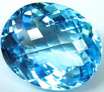 Edelstein Topas oval blau